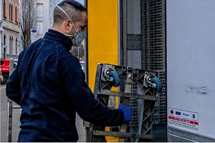 Anche in fabbrica ridurre i contatti In caso di rischio meglio chiudere