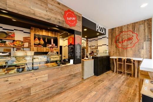 Sapur a milano la nuova proposta a met tra pizzeria e for Arredamento fast food