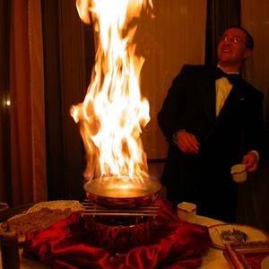 Fuoco e fiamme a Siracusa Cucina flambé all'Antico mercato