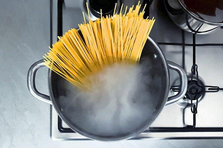Passione e bravura in cucina? Gli italiani saldi al primo posto