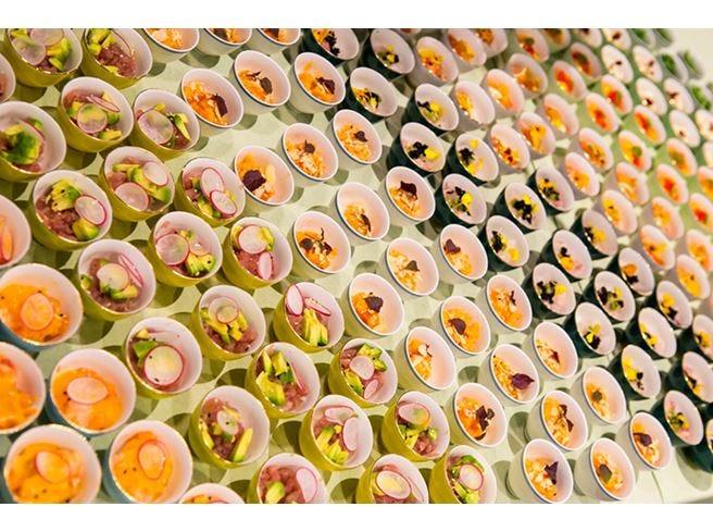 Cup Sushi da Berimbau a Milano Giappone e Brasile in una piccola tazza
