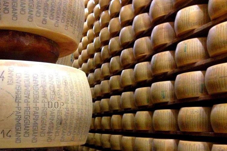 Gli agricoltori Usa chiedono dazi sui formaggi made in Italy