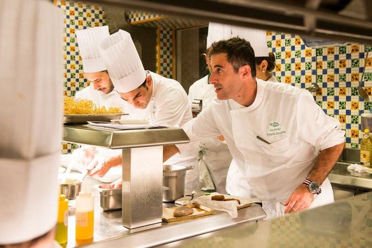 Da Don Alfonso cucinano gli ospiti