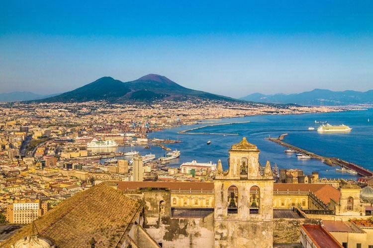 Da Vittorio, omaggio a Napoli 15 cuochi per una cena tipica