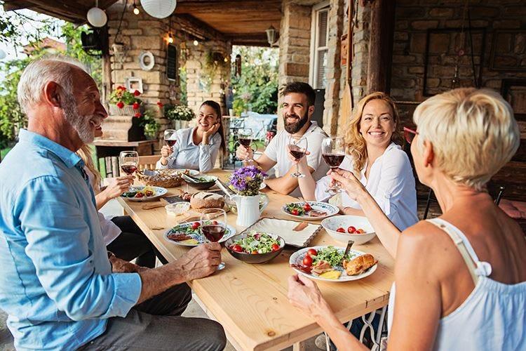 Dieta mediterranea, uno stile di vita tra gusto, cultura e condivisione
