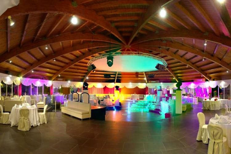 Cene e aperitivi sulle piste da ballo Le discoteche diventano risto-pub?