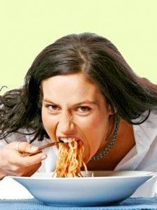 Mangiare piano  aiuta a non ingrassare