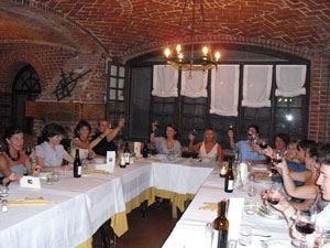 """Donne della grappa in Piemonte Successo per lo """"spirito"""" femminile"""