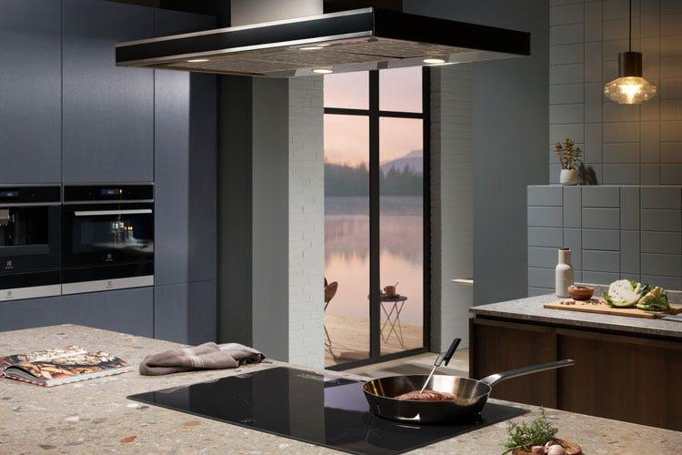Electrolux compie 100 anni e svela la sua cucina hi-tech - Italia a ...
