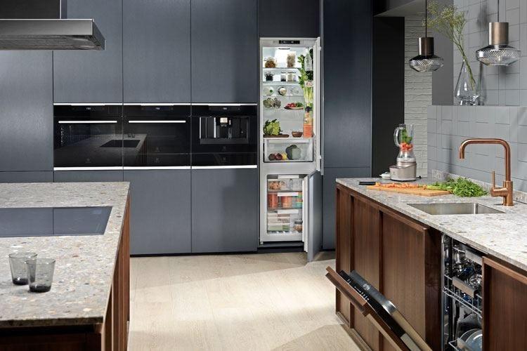 Electrolux compie 100 anni e svela la sua cucina hi-tech