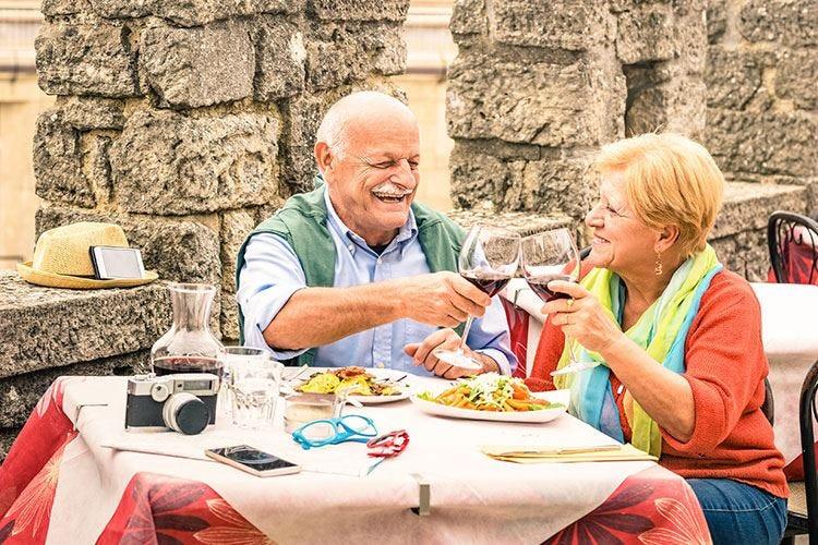 L'enogastronomia traina il turismo 3 visitatori su 4 cercano cibo e vino