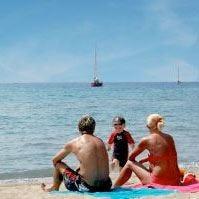 Solo il 34% degli italiani in vacanza Partire costerà il 3% in più del 2011