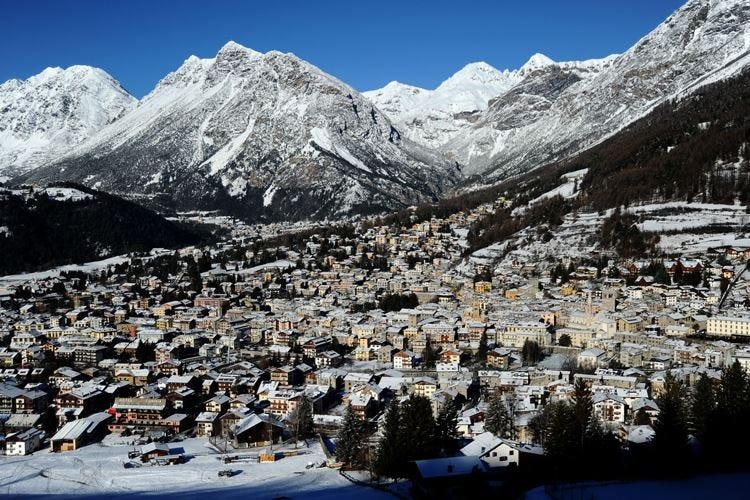 Il fascino e la storia di Bormio Relax alle terme dopo una giornata di sci