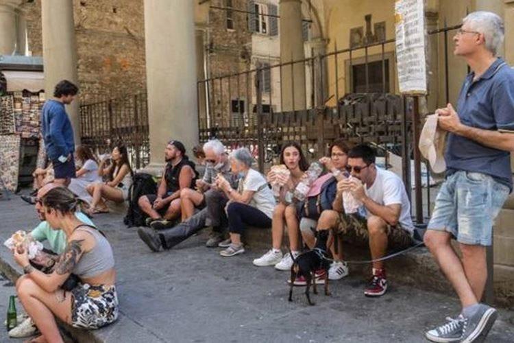 Firenze, ma quale nuova epoca Riecco il turismo mordi e fuggi