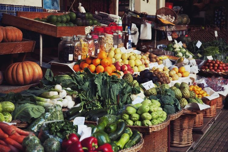Frutta e verdura portano felicità 10 porzioni al giorno migliorano l'umore