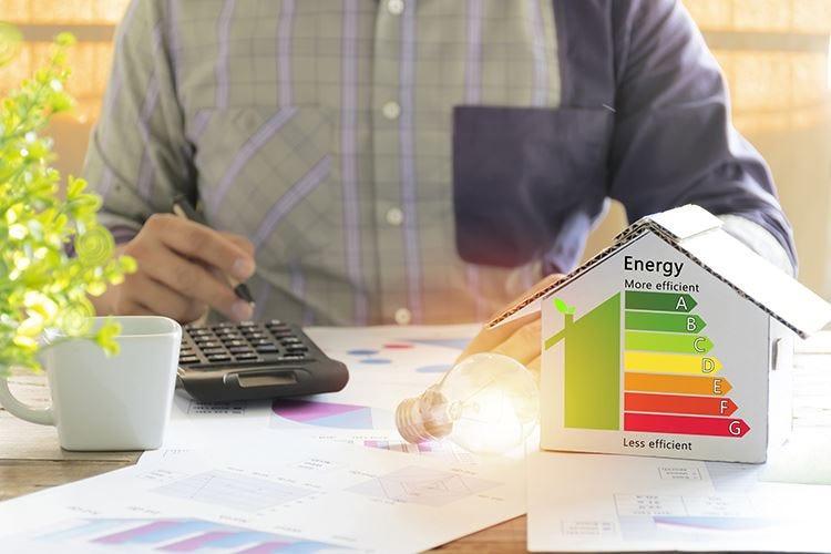 Green Economy, l'Italia latita Il gas serra non cala da 5 anni