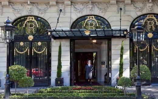 Al Ritz di Madrid un inverno da sogno 4 pacchetti fra arte e romanticismo