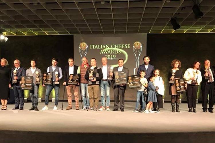 L'Italian Cheese Awards premia il Fiore Sardo di Bussu