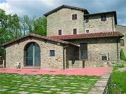 La Camporena, agriturismo dei fiori in una Toscana da sogno