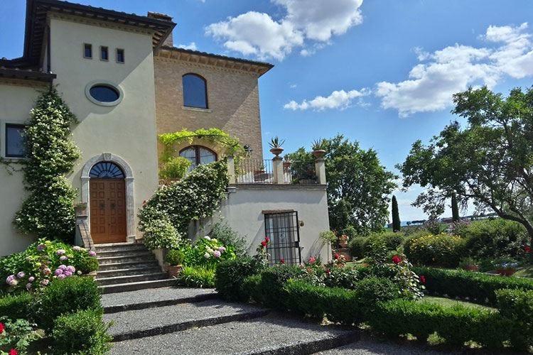 La Valiana, chicca gourmet sulle colline tra Toscana e Umbria