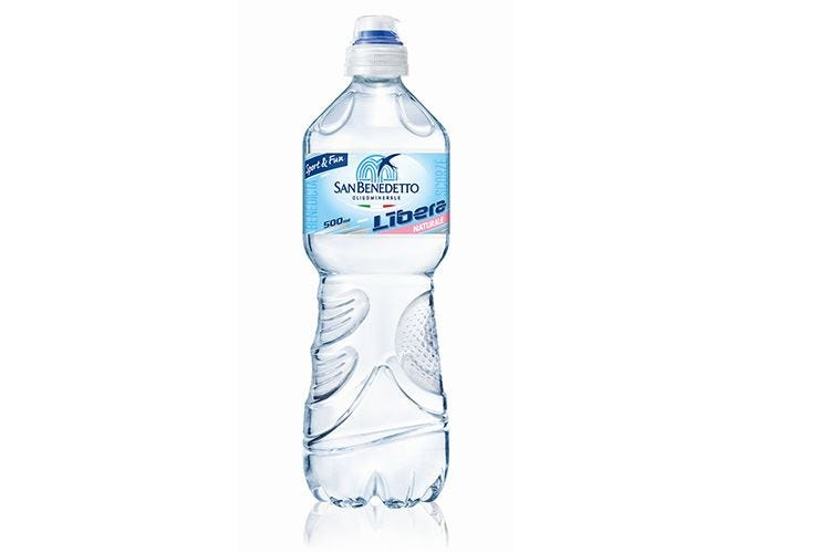 Libera 0,50 l, immagine sprint Restyling per l'acqua degli sportivi