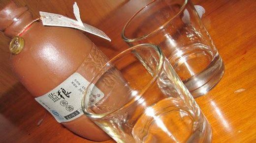 Cinesi grandi produttori di spirits Italiani moderati bevitori