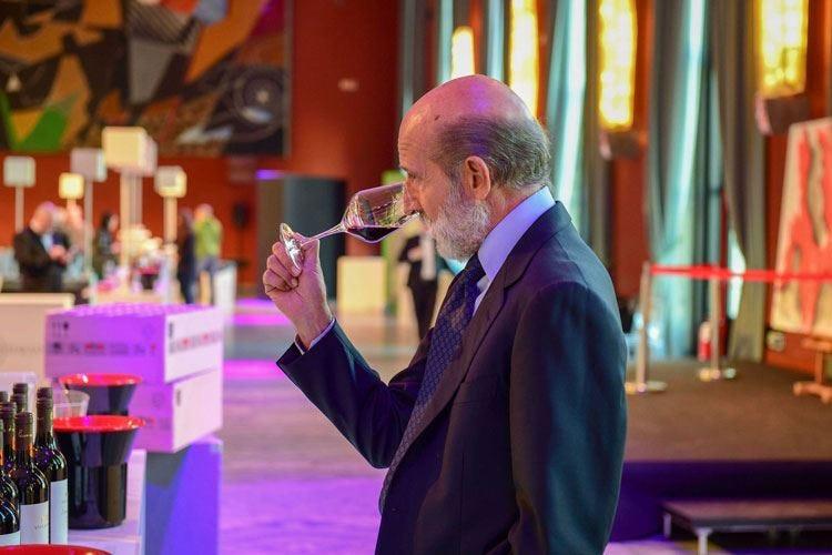 """Tutti i profumi del vino Maroni presenta le """"sue"""" eccellenze"""