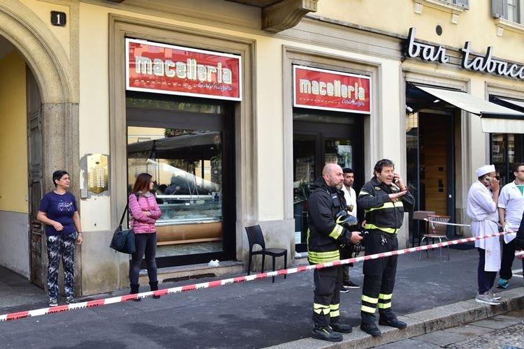 Crolla il soffitto in macelleria Milano, paura e feriti da Panzeri