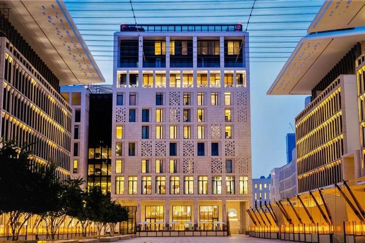 Mandarin Oriental apre a Doha un hotel di lusso con 9 ristoranti