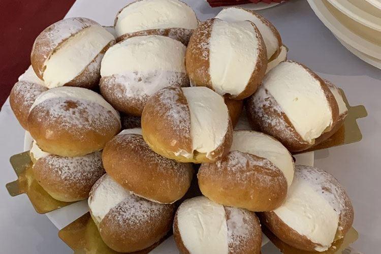 Roma celebra il Maritozzo Una giornata con 20mila pezzi