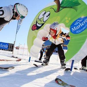 A Plan de Corones si impara a sciare con le mele
