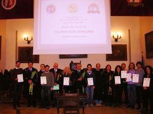 I mastri birrai studiano all'università Primo master accademico nel settore