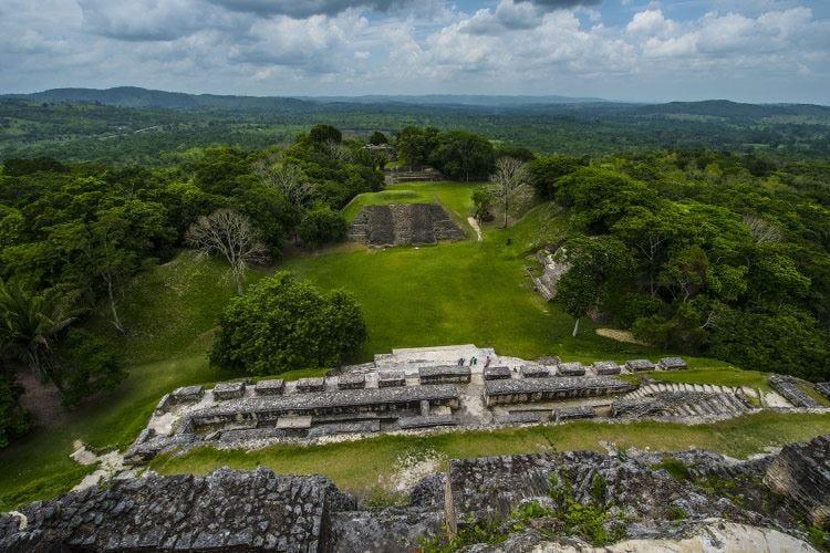 Una vacanza in America Centrale tra le spiagge e la cultura dei Maya
