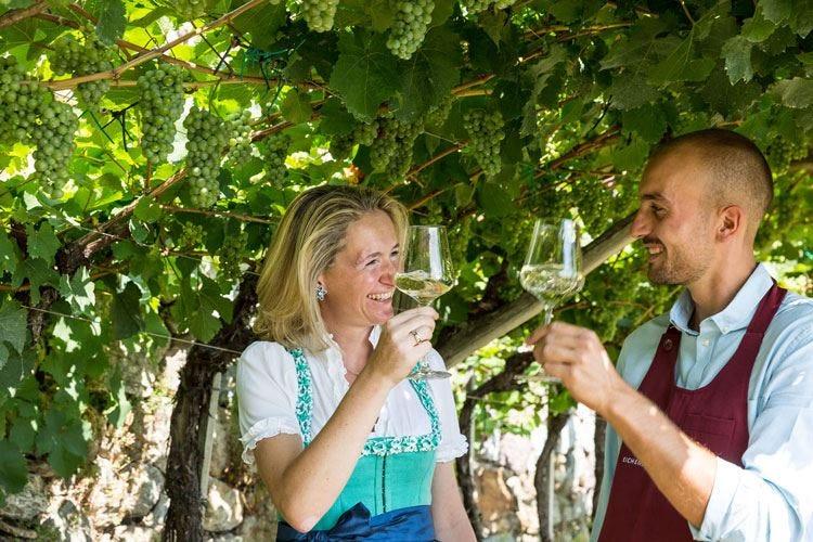 """I mercoledì """"di-vini"""" dell'Oberwirt Al via le serate Wine & Dine"""