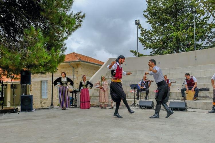 Un mese di festival a Cipro tra i doni della terra e le tradizioni