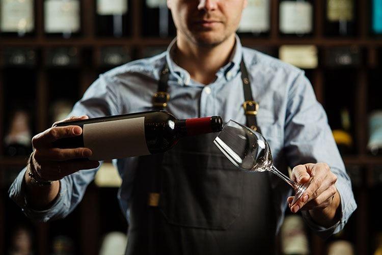 Michelin acquista Wine Advocat Vini italiani maltrattati come la pizza?