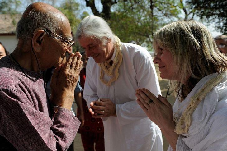 Il [Namastè] contro il Coronavirus Dall'India il saluto