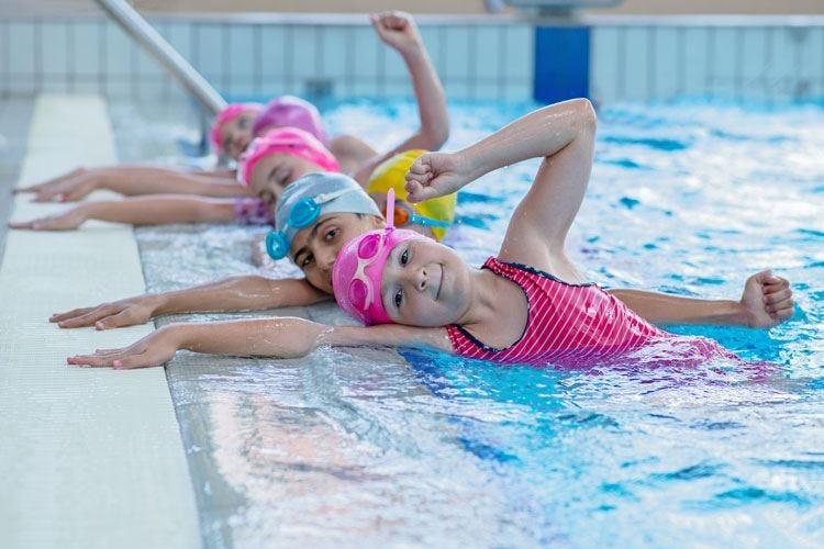 Il nuoto per i bambini e non solo Uno sport senza controindicazioni