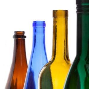 O-I firma la bottiglia dell'olio Desantis Design curato nel segno della tradizione