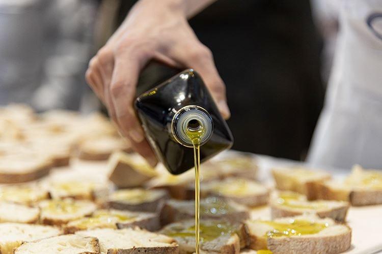 Olio extra vergine d'oliva Consumi raddoppiati in 10 anni