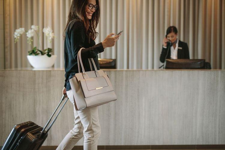 Pagamenti con lo smartphone Accordo tra Federalberghi e Alipay