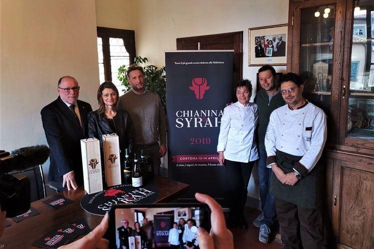 """Parata di chef a """"Chianina & Syrah"""" All'onore due simboli della Toscana"""
