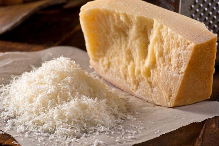 Falso Parmigiano in fiera Scatta la denuncia in Germania