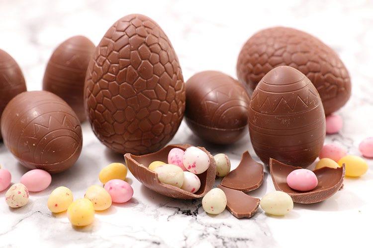 Il cioccolato con meno zucchero non decolla Cioccolato a Pasqua immancabile: boom di quello vegano
