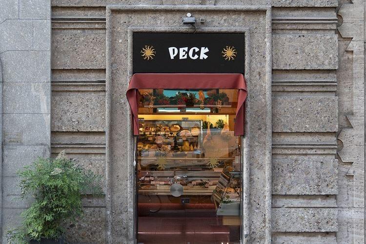"""Peck apre in porta Venezia il suo primo negozio di """"quartiere"""""""