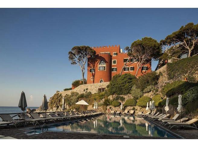 Pellicano, nuovo hotel a Ischia Oggi riapre l'albergo a Porto Ercole