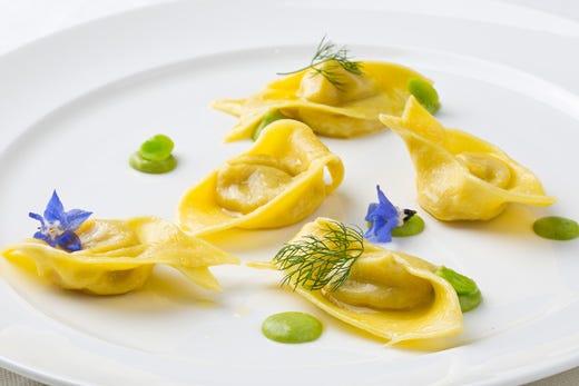 Alma 80 i cuochi diplomati del corso superiore di cucina italiana italia a tavola - Corso cucina italiana ...
