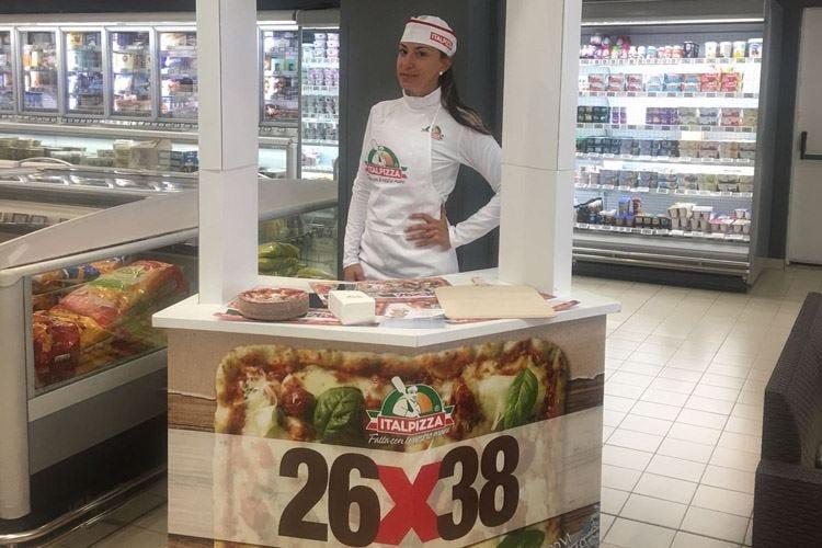 Pizza in degustazione nella Gdo L'idea di Italpizza-Rete Hubsolute