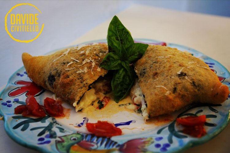 #pizzaUnesco, sempre più ricette in gara Tra le menzioni speciali, la Pizza fritta
