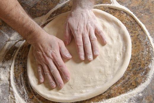 A Expo la pizza più lunga del mondo 1,5 km di pasta e 1.200 chili di pomodoro